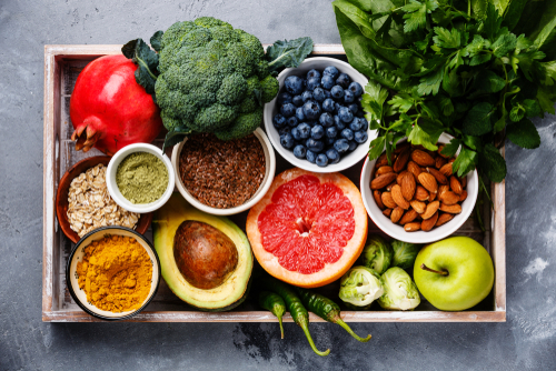 Cesta antioxidantes brócolis coentro abacate